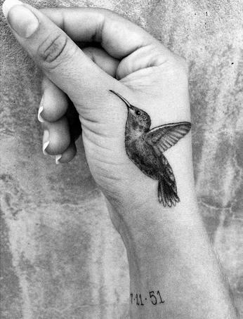 Το νέο τατουάζ της κόρης του Ρόμπι Γουίλιαμς είναι αφιερωμένο στον πατέρα της  εικόνα    iefimerida.gr