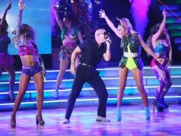 Δείτε την ξεσηκωτική εμφάνιση του Pitbull στο Dancing With The Stars