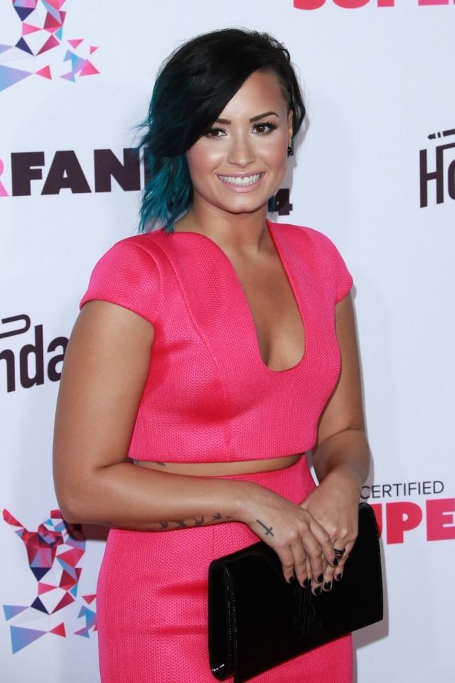 Demi-Lovato (4)