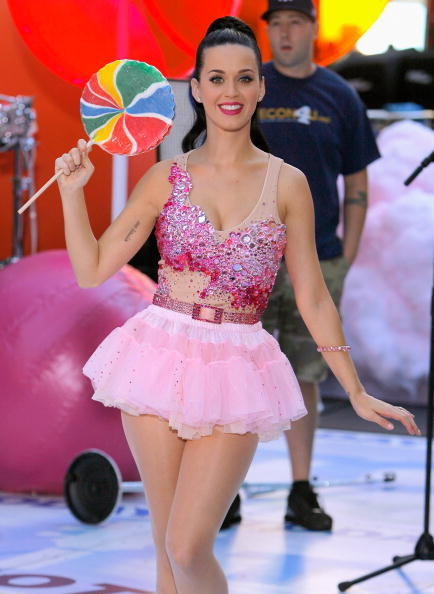 Katy-Perry-performed-NBC-Today-NYC-Rockefeller-Center