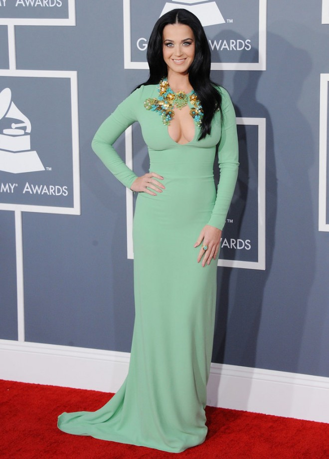 Katy-Perry-put-her-assets-display-February-2013-Grammys