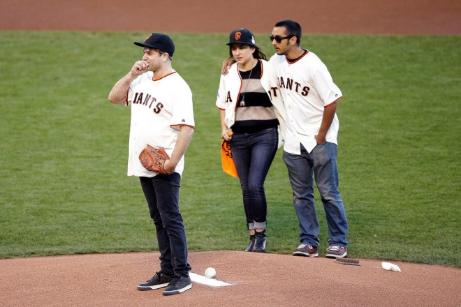 Robin-Williams-Honored-Giants-World-Series-Pictures (2)