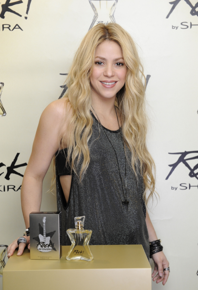 Shakira-talks-about-pregnancy-at-her-Rock-by-Shakira-fragrance-launch-in-Barcelona-Spain (1)
