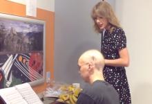 Δείτε το συγκινητικό video με την Taylor Swift να τραγουδάει μαζί με καρκινοπαθή φαν της
