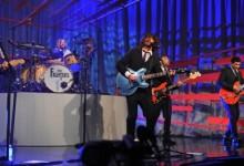 Δείτε τους Foo Fighters να ερμηνεύουν για πρώτη φορά ζωντανά το νέο τους τραγούδι!