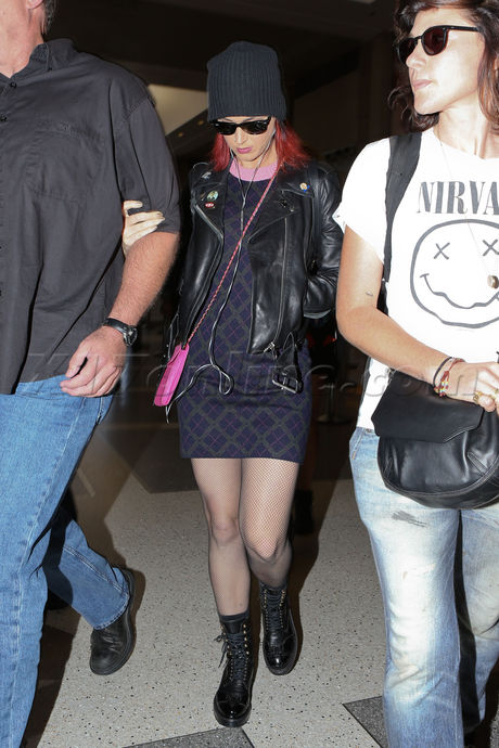 Katy Perry at LAX with pink hair