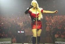 Μάλλον…μπερδεύτηκε! Η Mariah Carey γιορτάζει το Halloween ντυμένη Άγιος Βασίλης!