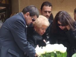 Η οργή της Βέφας Αλεξιάδου στους δημοσιογράφους: «Τώρα θυμηθήκατε την κόρη μου;»