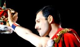 Σαν σήμερα πέθανε ο Freddie Mercury. 10 λόγοι που μας λείπει ακόμα!