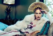 Τζένιφερ Λόπεζ: Εντυπωσιακή, σέξι και πιο… fit από ποτέ στη νέα της φωτογράφιση για το Harper's Bazaar!