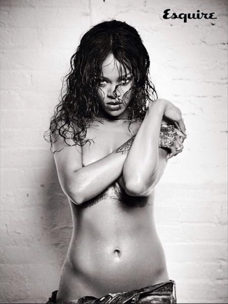rihanna-esquire-uk-photoshoot-naked-nude-11