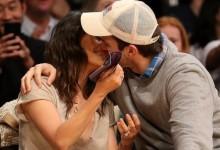 Ashton Kutcher – Mila Kunis πιο αγαπημένοι από ποτέ σε αγώνα μπάσκετ!