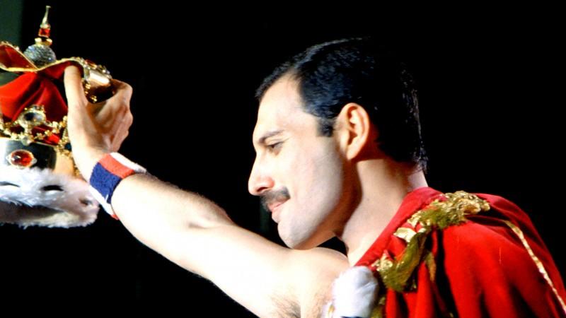 Queen-Freddie-Mercury-singer-album