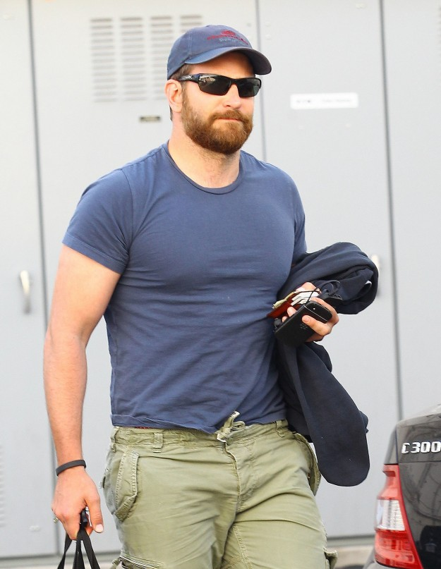 After-Bradley-Cooper-seriously-bulked-up-his-entire-wardrobe-shuddered
