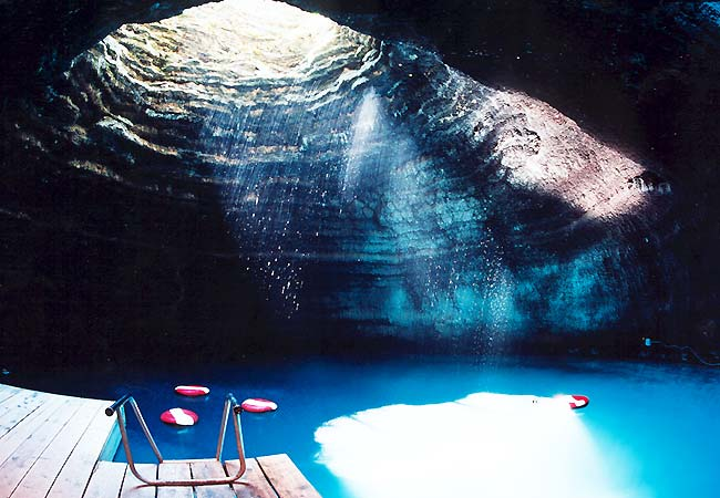 Diving-_Crater_4