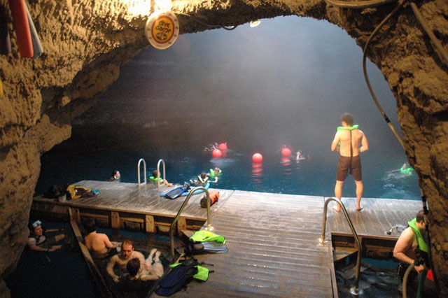 Diving-_Crater_5