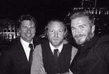 Tom Cruise, David Beckham και Guy Ritchie σκαρφάλωσαν σε μνημείο για να βγάλουν…selfie!