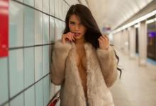 To μετρό της Νέας Υόρκης έγινε…αισθησιακό! Δείτε τα όμορφα κορίτσια που το πλημμύρισαν για μια καυτή φωτογράφιση