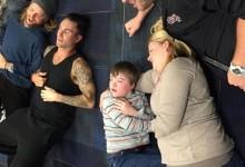 Θα δακρύσετε: Δείτε τι έκανε ο Adam Levine όταν fan του με «Down» έπαθε κρίση πανικού