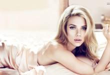 Eίναι πολυτάλαντο το κορίτσι: Aκούστε τη Scarlett Johansson να τραγουδάει!