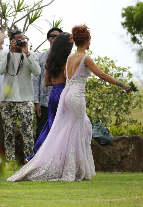 Rihanna looks breathtaking at her assistant's wedding in Honolulu, HI