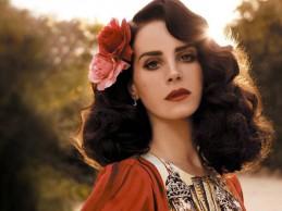 Νέο λουκ για την Lana Del Rey! Δείτε πως έκανε το μαλλί της