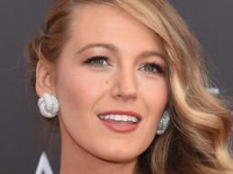 Η Blake Lively βρέθηκε στην πρεμιέρα της νέας της ταινίας και ήταν απλά εντυπωσιακή