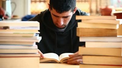 Μαθητές και φοιτητές την προσοχή σας: Αυτό είναι το μυστικό για να τα πάτε καλά στις εξετάσεις