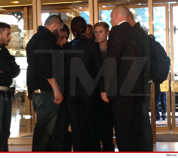 0429-bieber-with-cops-tmz-wm-3-700x620