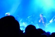 O Brandon Flowers τραγουδά New Order (vid)