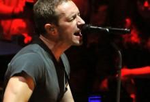 Ο frontman των Coldplay Chris Martin έκανε μια εμφάνιση-έκπληξη στο Νέο Δελχί