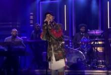 O Justin Bieber εμφανίστηκε στο show του Jimmy Fallon