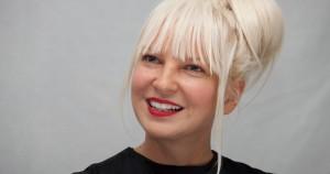 γυμνές φωτογραφίες της Sia