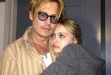 Σε αναμμένα κάρβουνα ο Johnny Depp γαι την μικρή του κόρη