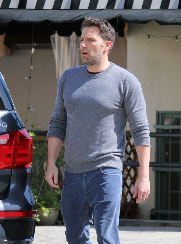 Ben Affleck is seen in Los Angeles, California.Pictured: Ben AffleckRef: SPL1242004  060316  Picture by: Stone-e/Bauergriffin.com