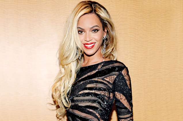 beyonce-feb-2014-billboard-650