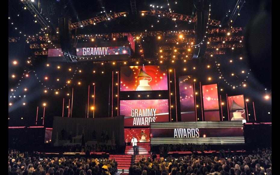Οι υποψηφιότητες για τα 59α Βραβεία Grammy ανακοινώθηκαν!