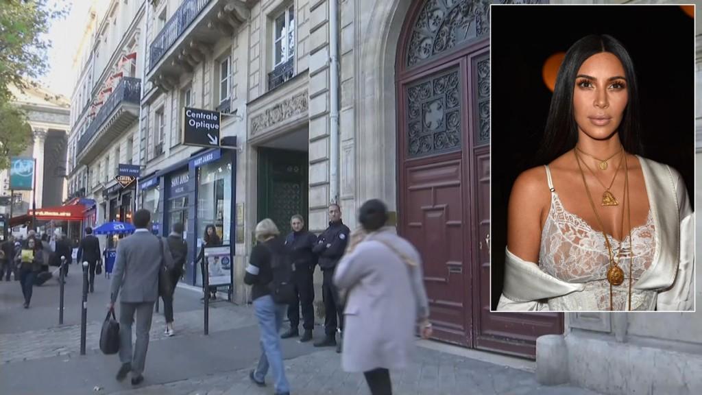 kim+kardashian+robbed+paris