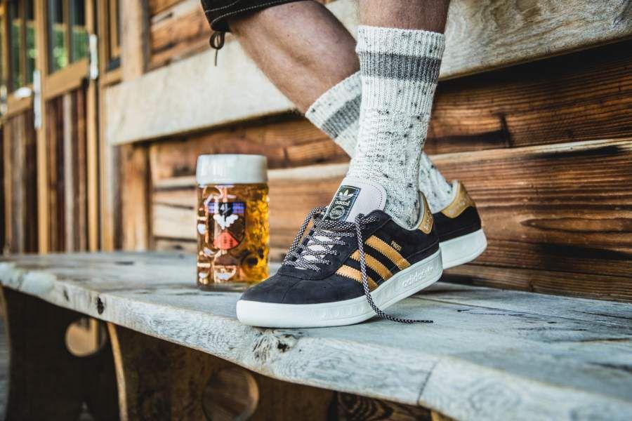 παπούτσια με προστατευτικό ενάντια της μπύρας και του εμετού