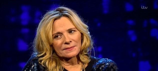 "Kim Cattrall εξομολογείται πως το ""Sex and the city"" της στέρησε τη δημιουργία οικογένειας"