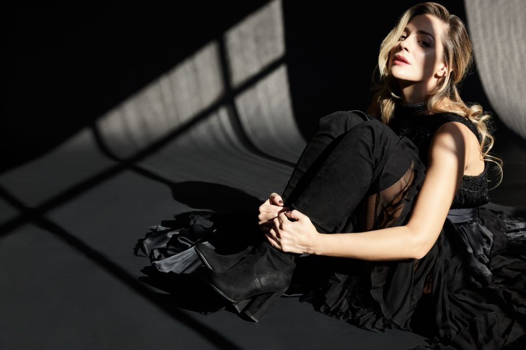 """""""Μπελ Ρεβ"""": Η νέα παράσταση των Νατάσσα Μποφίλιου"""