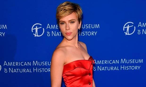 νέο τατουάζ της Scarlett Johansson