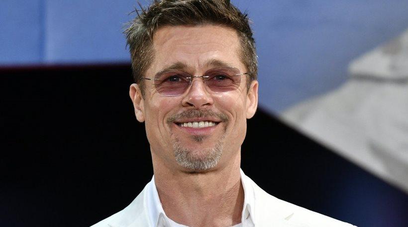 Brad Pitt - Φλερτάρει και συστήνεται ως William!