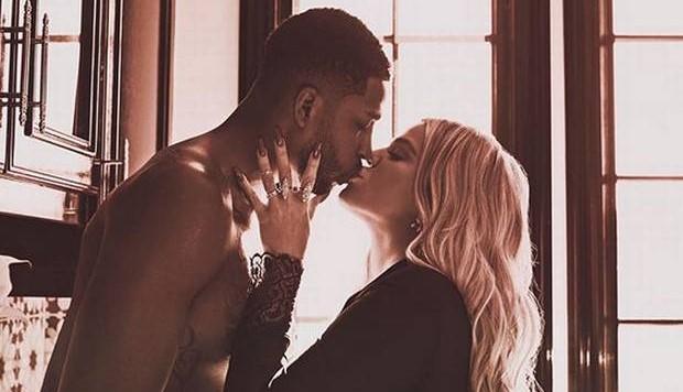 Khloe Kardashian αποφάσισε να μείνει με τον Tristan