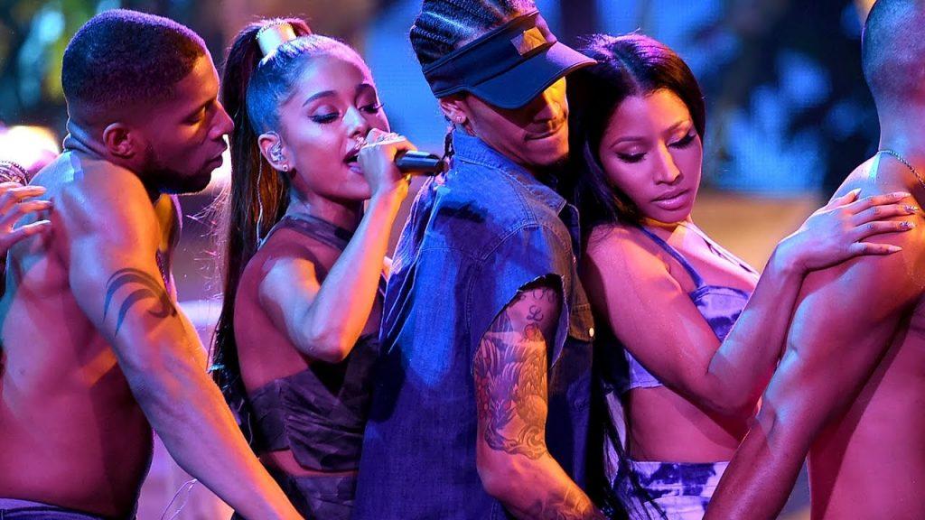 Το νέο τραγούδι της Ariana Grande και της Nicki Minaj