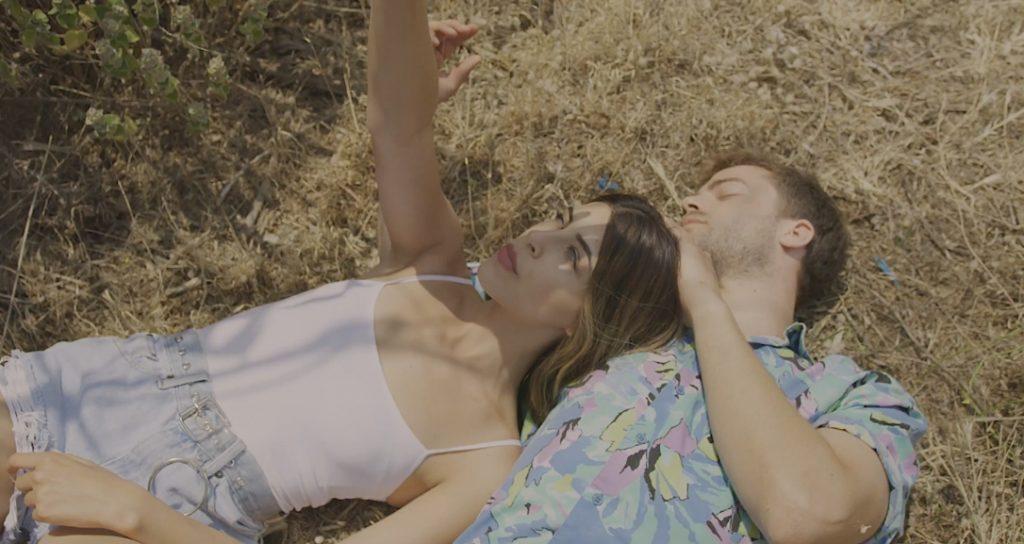 Κυκλοφόρησε το videoclip του νέου τραγουδιού της Demy «Κύμα Καλοκαιρινό»
