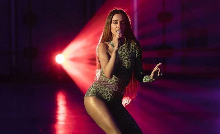 """Ελένη Φουρέιρα έκανε την πιο """"Fuego"""" εμφάνιση με μπικίνι"""