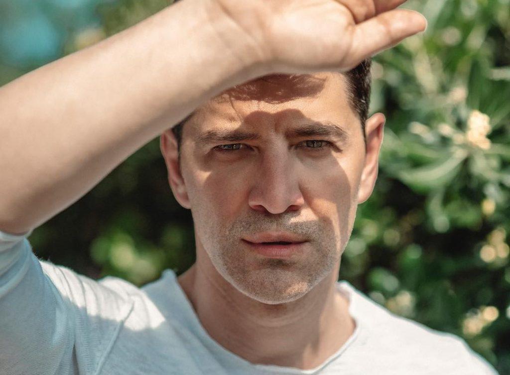 """Σάκης Ρουβάς: """"Το μεγάλο σοκ ήταν όταν αντιλήφθηκα ότι έχω πρόβλημα"""""""