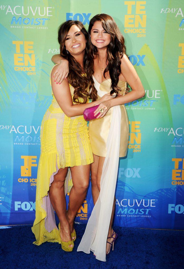 Selena Gomez μιλά για την Demi Lovato