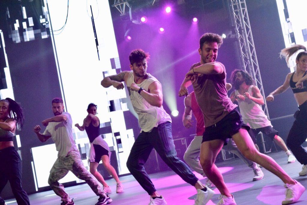 Βαγγέλης Κακουριώτης και ο Luca Hänni ετοιμάζονται να φέρουν την Eurovision στην σκηνή των VMA!